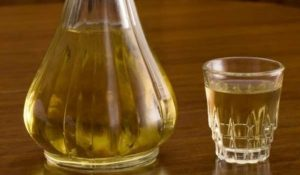 В Сърбия деинфекцират болница с ракия За целта вадят 10 000 бутилки крушовица от държавния резерв. Следвай ме - Общество / Здраве