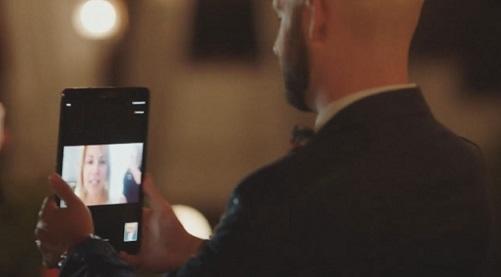 Сватба по време на пандемия Младоженецът успя да танцува онлайн с майка си. Следвай ме - Хоби / Шоу