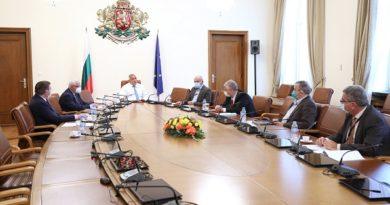 Връщат брифингите на Националния оперативен щаб България е на 26-то място в Европа по заболеваемост от COVID-19. Следвай ме - Здраве
