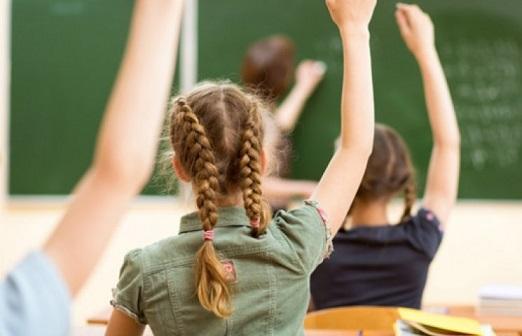 Какви документи се изискат за детска градина и училище Министерството на здравеопазването пусна списък с всички документи, които се изискват от родителите, чиито деца ще посещават ясли, детски градини и училища. Следвай ме - Здраве