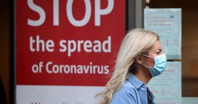 Арести в Лондон заради протести срещу маските Десет демонстранти са били арестувани, а четирима полицаи - ранени, при протест в центъра на Лондон днес срещу ограничителните мерки във Великобритания за спиране на разпространението на новия коронавирус, предадоха световните агенции. Следвай ме - Общество