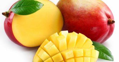 """Плод премахва бръчките, помага при менопауза. Учени от Калифорнийския университет """"Дейвис"""" са установили, че мангото - плод, богат на антиоксиданти и бета каротин, е отлично средство срещу бръчки и помага на кожата да остане свежа и еластична, пише списание """"Нютриентс"""". Следвай ме - Стил"""