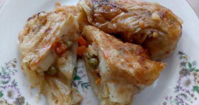Сарми по родопски – с месо и за вегани Сармите са традиционно ястие от Ориента, залегнало трайно и в българската кухня. Колкото и те да се смятат за твърде тривиални, в два-три варианта се оказва, че темата сарми е неизчерпаема. Изключитено вкусни и по-различни от обичайните приготвят в Родопите. Следвай ме -Гурме