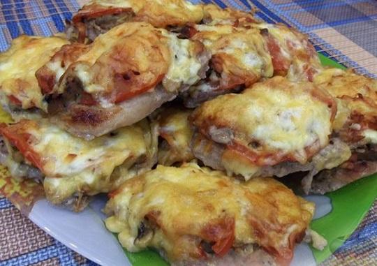 Свинско по френски, запечено с кашкавалено сирене. Следвай ме - Гурме
