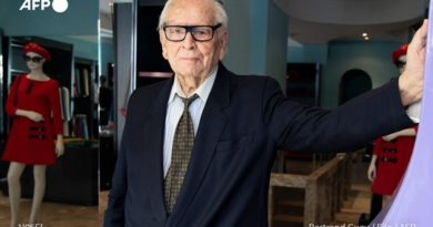 Почина модната легенда Пиер Карден. Следвай ме - Общество