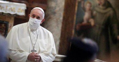 Папата Франциск купи респиратори за Венесуела С благотворителния жест Светият отец отбеляза рождения си ден. Следвай ме - Вяра / Общество