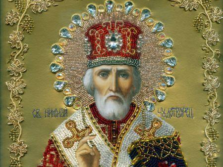 Свети Николай Мирликийски – предшественикът на Дядо Коледа Денят на свети Николай Мирликийски винаги се чества на 6 декември, наричат празника още Никулден. Битовата традиция го свързва с консумацията на риба, най-вече на шаран. Следвай ме - Вяра