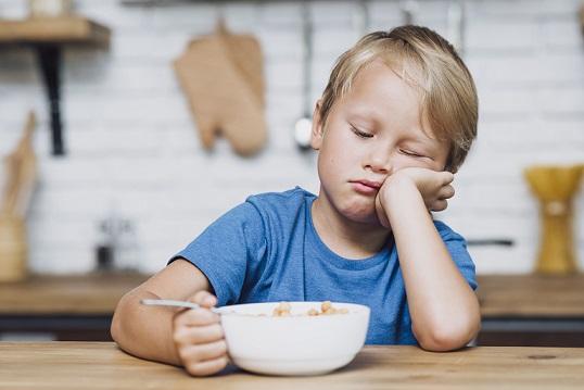 Тактики за злоядо дете С няколко трика и малко повече търпение ще го научите да консумира нови храни, дори ще ги хареса. Следвай ме - У дома