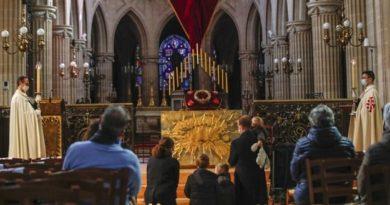 Велики петък в Запаната църква в условия на пандемия (ГАЛЕРИЯ) Следвай ме - вяра