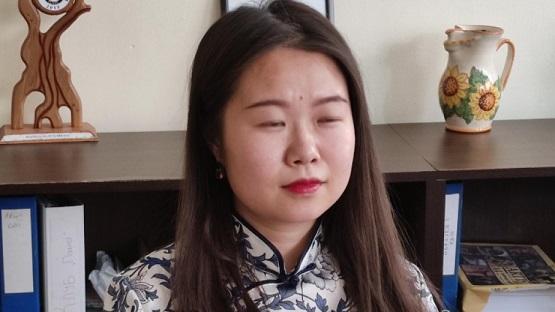 Китайка преведе стихотворения на Дамян Дамянов Следвай ме - Култура